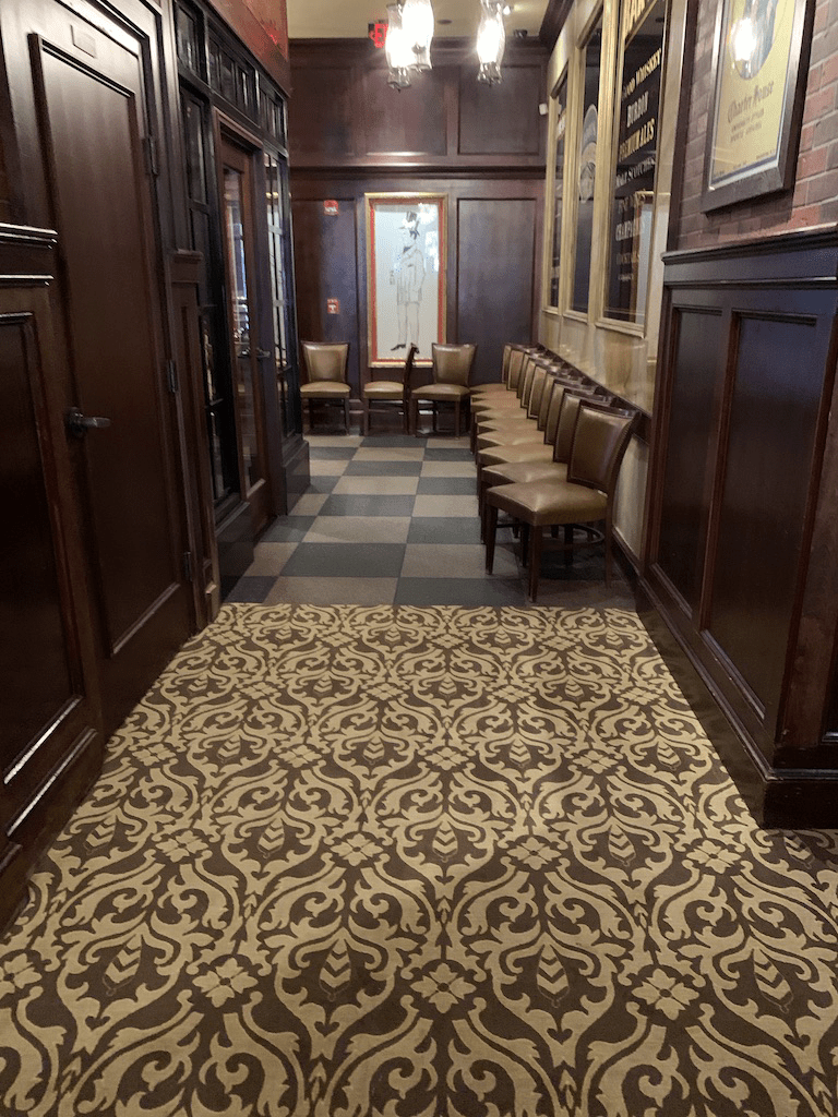 Flooring For Restaurant : Roots Steakhouse